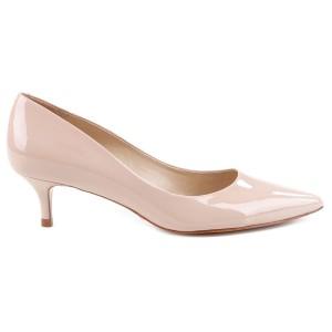 حذاء بيج بكعب قصير